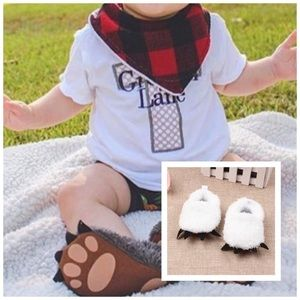 Other - NWT! White Furry Paw Animal Slippers